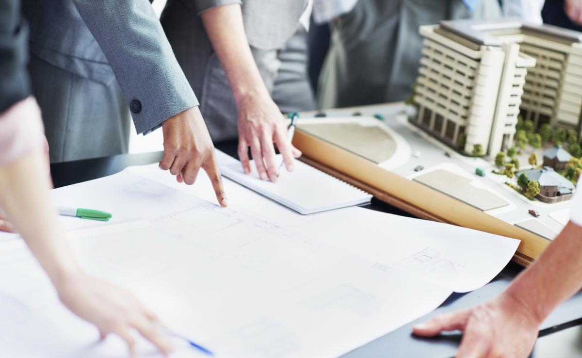 Konferenzram einrichten Planung Augsburg