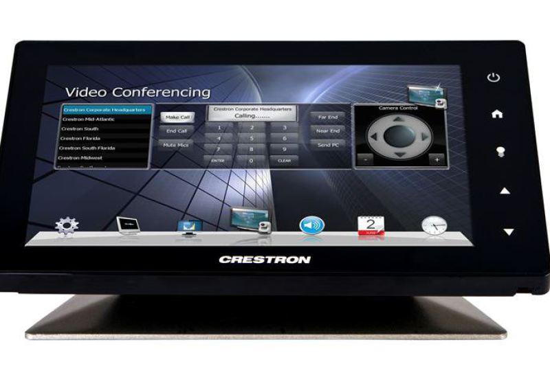 Konferenzram einrichten Mediensteuerung Crestron